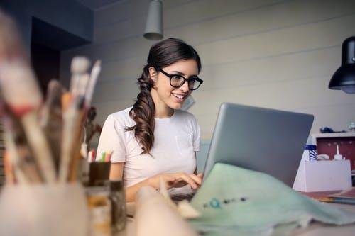 Attractive woman at the desk