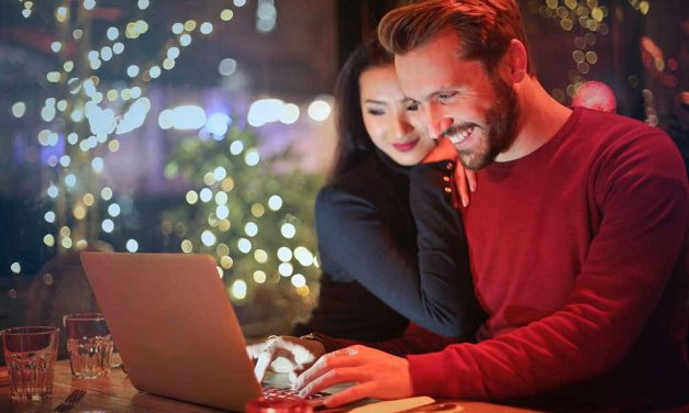 5 Best Interracial Dating Sites & Tips For New Users